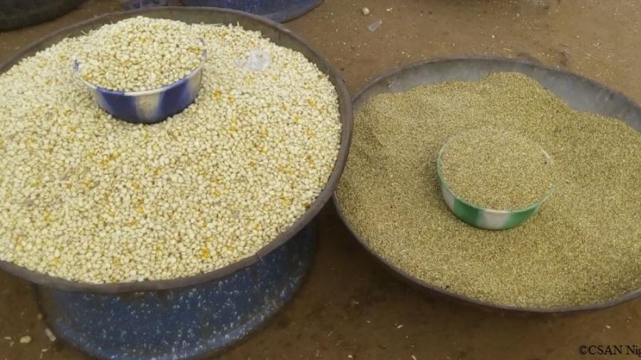 Céréales vendues sur un marché de Niamey