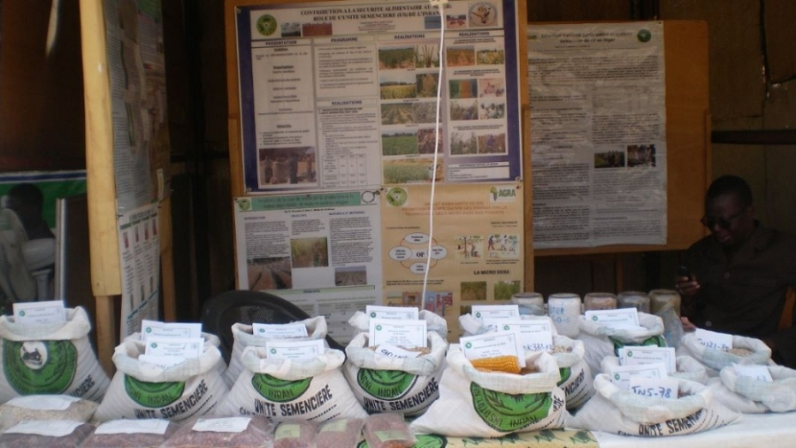 Exposition d'intrants agricoles